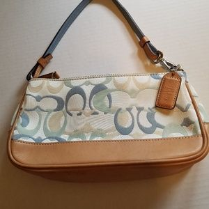 Coach signature C light blue/tan leather wristlet